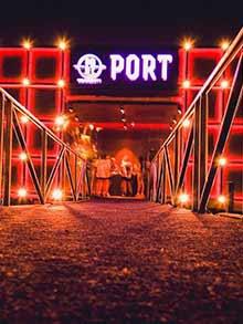splav port docek nove godine